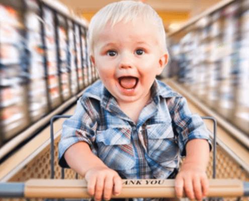 seguridad infantil en el centro comercial